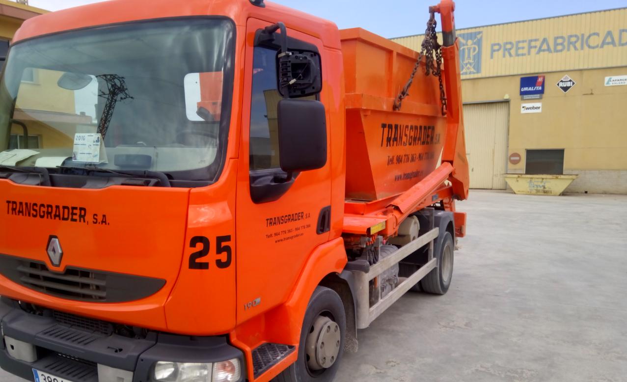 camion-pintado-contenedores-2