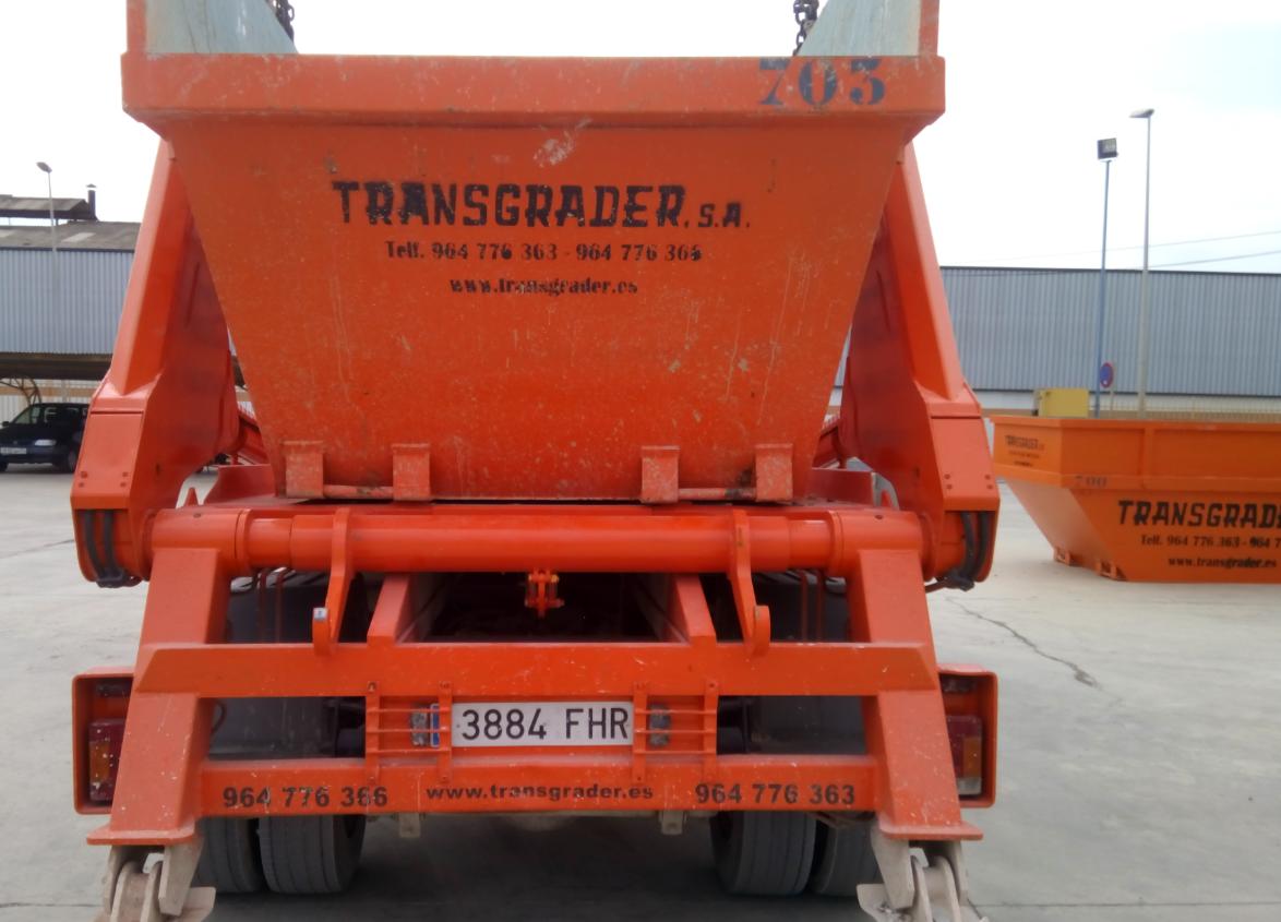 camion-pintado-contenedores-4
