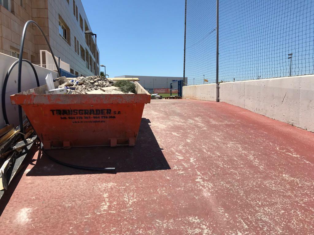 Contenedores de Escombro 5 m3 - Villarreal CF